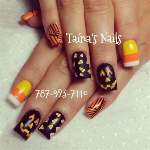 hallow candy corn!! by taina9620 from Nail Art Gallery