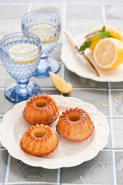 Such sweet, adorable little Lemon Bundt Cakes. #cake #dessert #fruit #lemon #food #baking #bundt