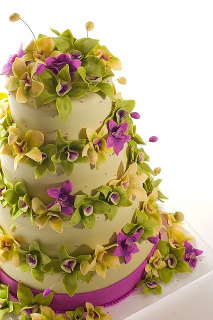 Orchid Wedding Cake.....love this