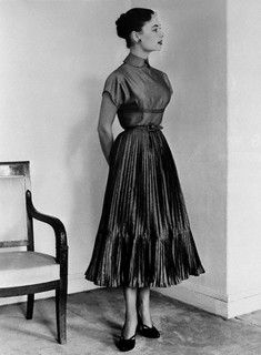 A plethora of pleats from Dior. #vintage #1950s #fashion