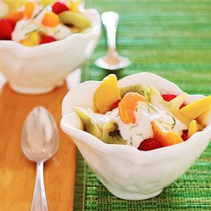 Fruit salad w/creamy lime topping