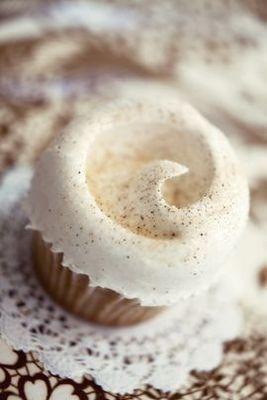 Magnolia Bakery #vanilla cupcakes