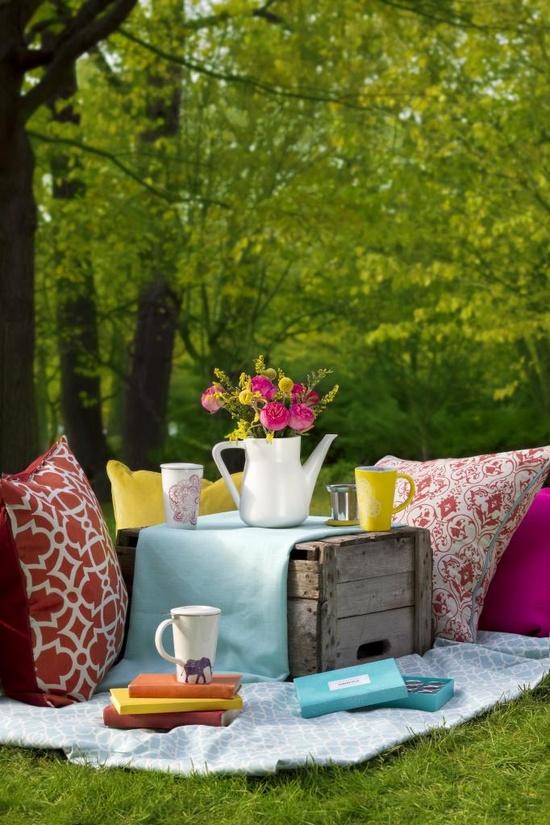 Beautiful spring picnic
