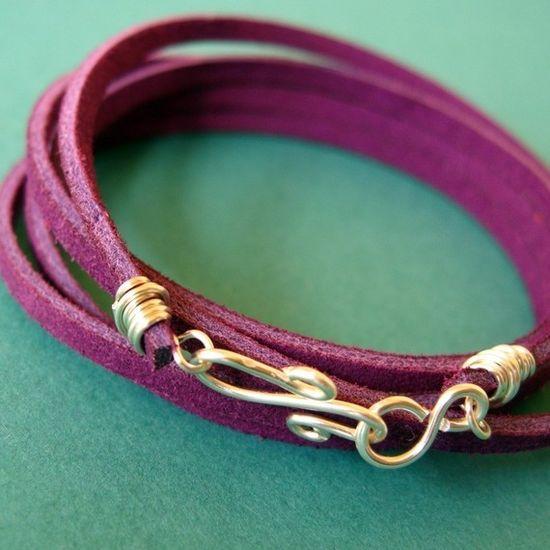easy diy leather bracelet.