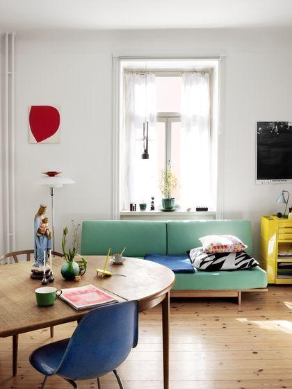 pastel colors, light wood flooring
