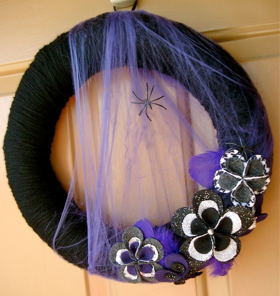 Halloween Yarn Wreath - Spiderwebs and Feathers. $45.00, via Etsy.