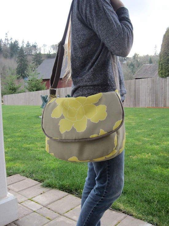 Messenger bag purse in gray and yellow, handbag