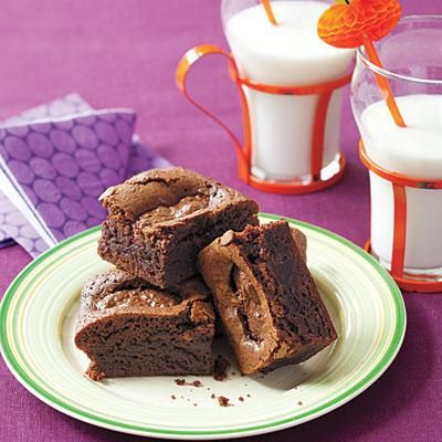 Halloween Dessert Recipes: Almond Joy Brownies