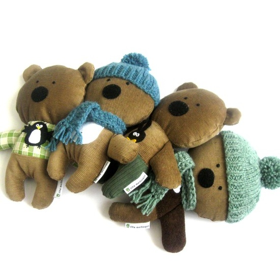 Darling handmade corduroy teddy bears. At meilinger zita at etsy.