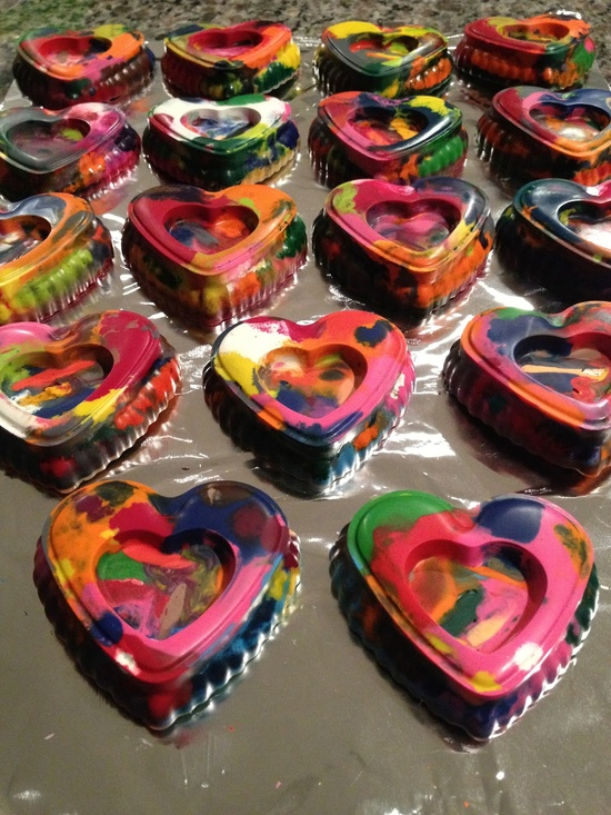 melted crayon valentines.