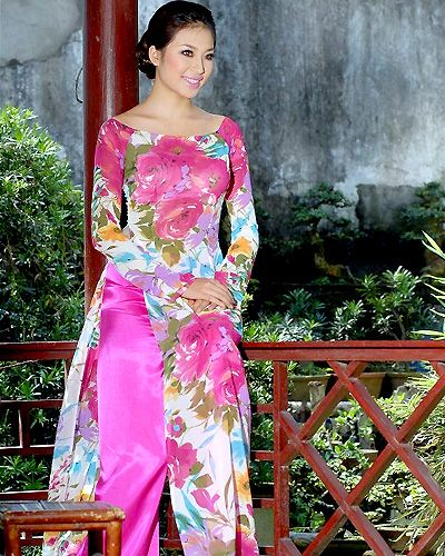 ao dai for engagement