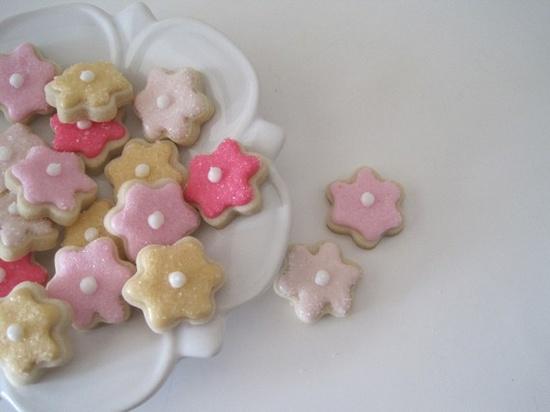 simple and sweet mini cookies!