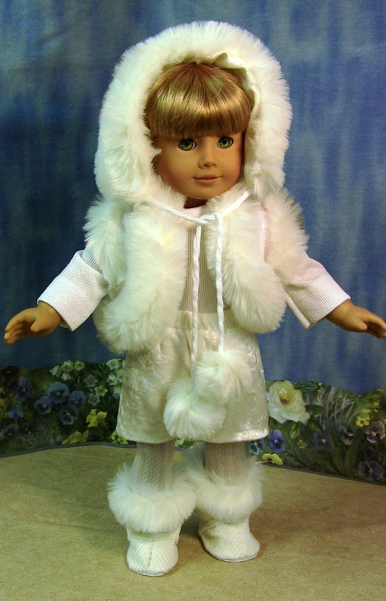 Susie Snowball Premium winter outfit. $25.00, via Etsy.