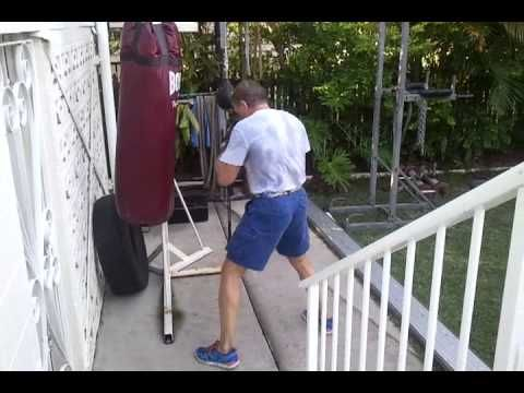Heavy bag work out. - sport.linke.rs/...