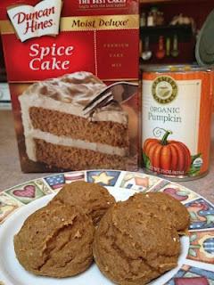 Spice cake mix + canned pumpkin = pumpkin spice cookies