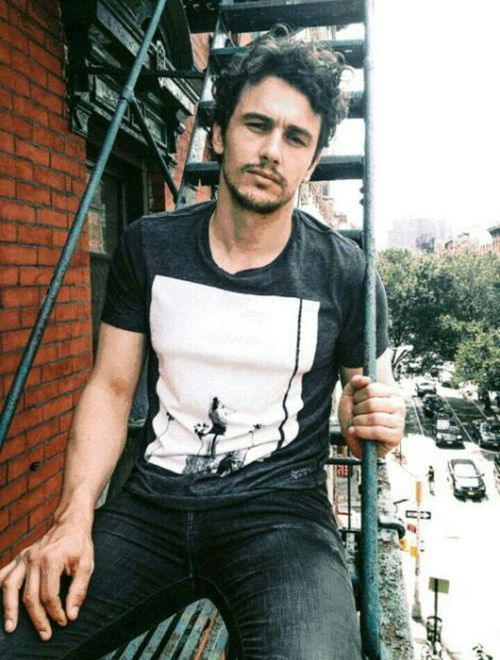 James Franco i love him from spider man he RULZ