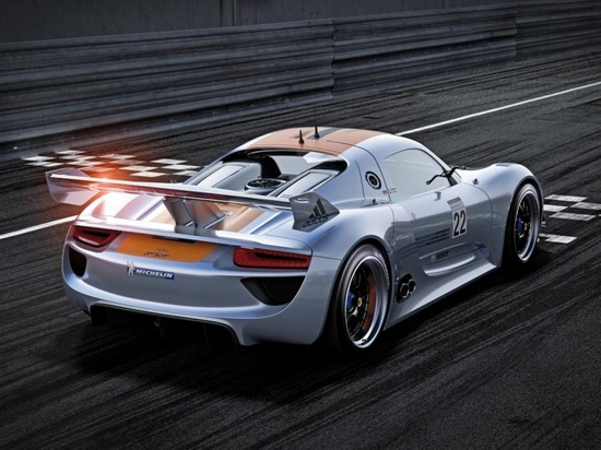 Beautiful Porsche 918-RS