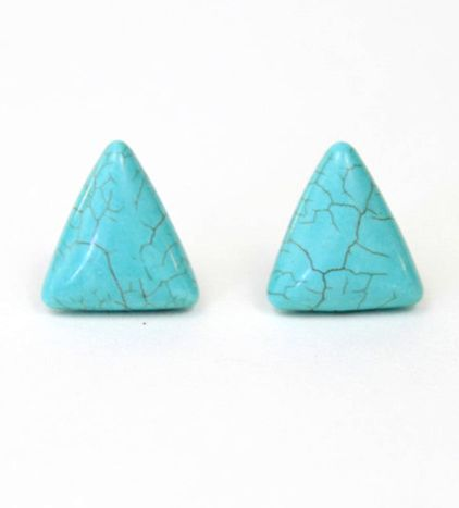 Turquoise is a popular stone with everyone from young city dwellers to old hippy grandmas. AKA all the cool people. #mooreaseal