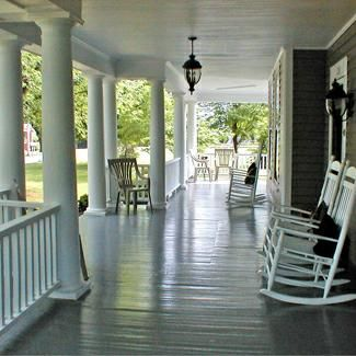 Great big porch.