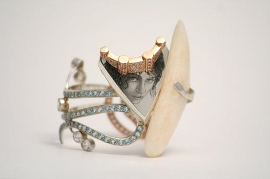 """http://oroomaipiu.style.it/  Maddalena Rocco """"Il volto di Cibele"""" bracciale"""