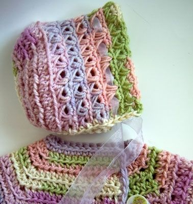 Baby In Bloom Bonnet, free crochet pattern.  Pattern for the cardigan (also free) is on Ravelry here: