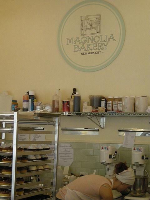 (Magnolia Bakery, NYC)