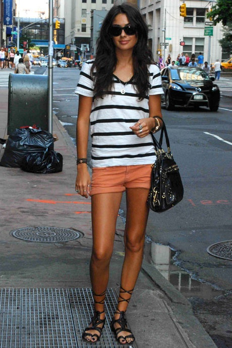 simple and love the shorts color with the navy striped shirt