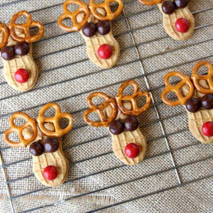 Peanut Butter Reindeer Cookies, holiday fun Christmas treat dessert for kids, party, class, school