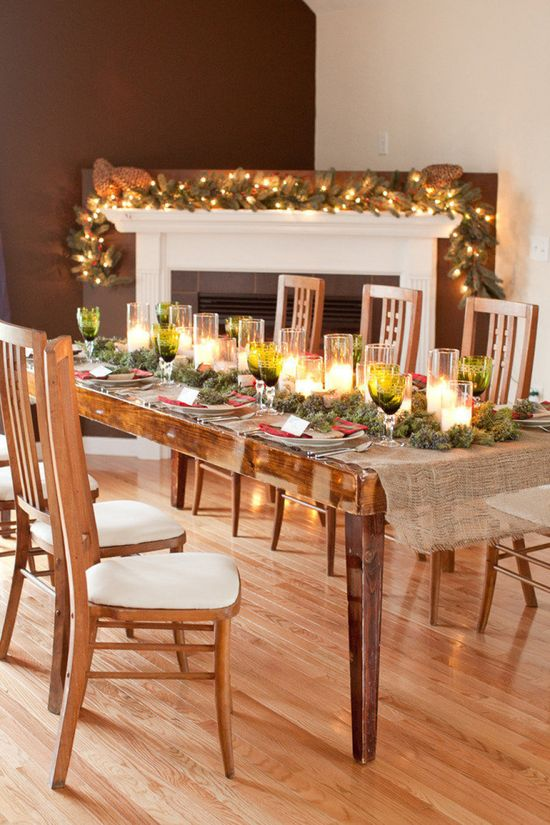 Elegant & simple holiday decorations from Style Me Pretty.