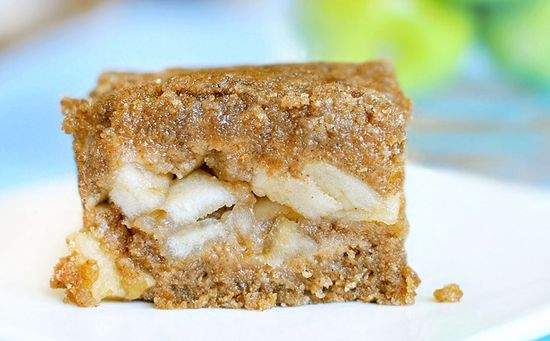 gluten-free hot apple crumble bars
