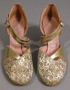 Light gold satin and leather evening shoes by Sims Shoe Co c. 1942-1952.