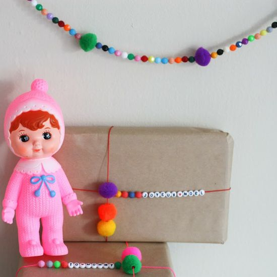 Sunday in color: DIY gift wrapping string #diy #colorful #christmas