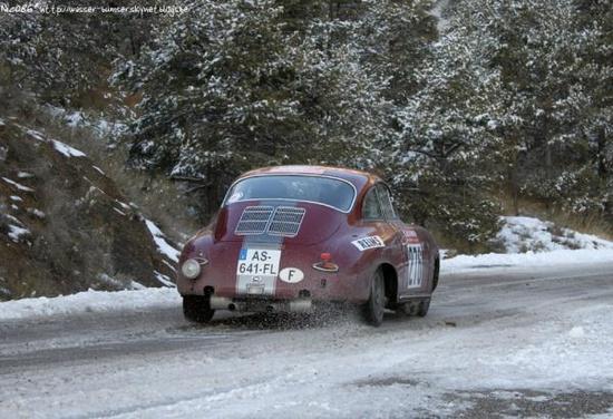 Porsche 356 in a rally