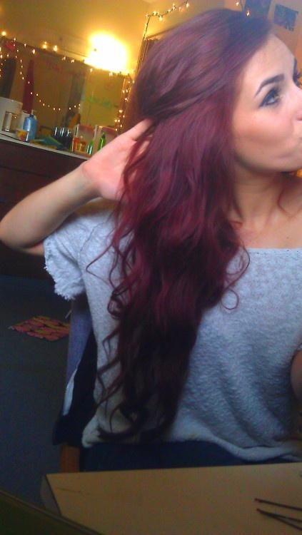 Pretty dark red hair