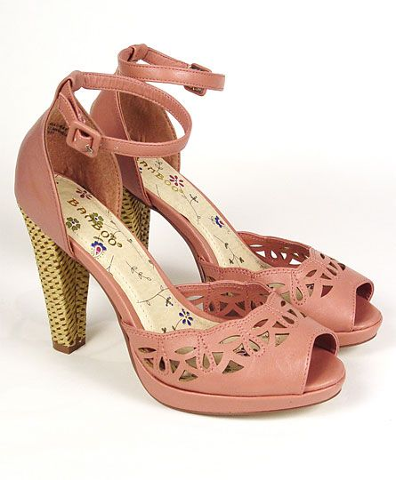Dusty Rose 1940s (style) Woven Basket Heel Platform Pumps - love! #shoes #vintage #retro #summer #heels #fashion