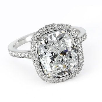 Cushion-Cut #Diamond E-Ring