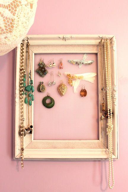 DIY jewelry holder frame #diy #jewlery #craft