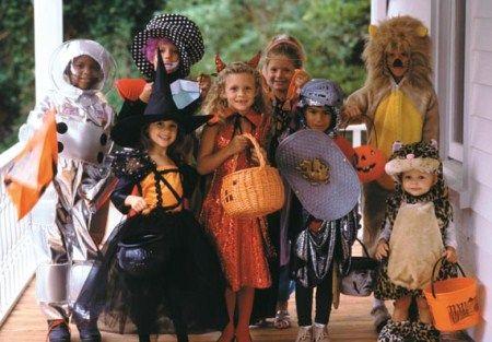 Do It Yourself Halloween Costumes: Every Parent's Nightmare #DIY #Halloween #Costumes