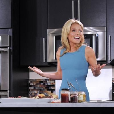 What Kelly Ripa eats (almost) every day #healthy #food