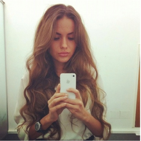 Her hair is mermaid magical...I want my hair to look like this!