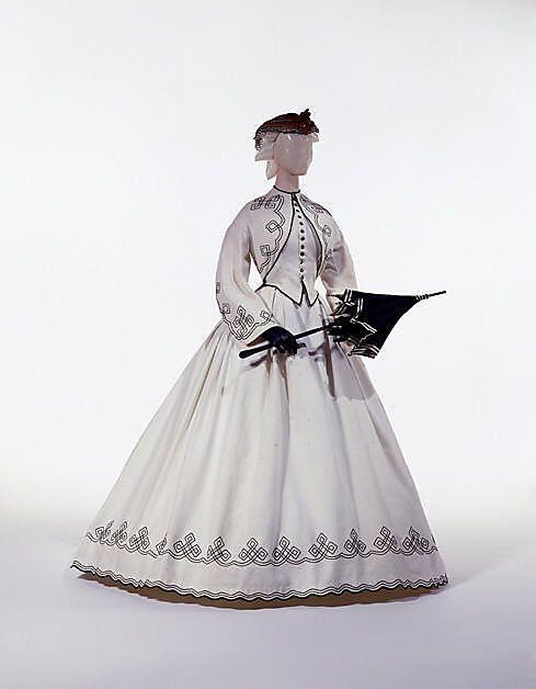 Walking dress, ca. 1863; MMA C.I.60.6.11a, b