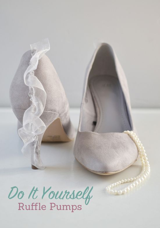 diy ruffle detail heels {love this project, super cute for spring}