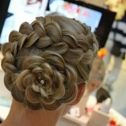 Love this flower braid