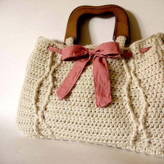 #Crochet Khaki Cable Handbag