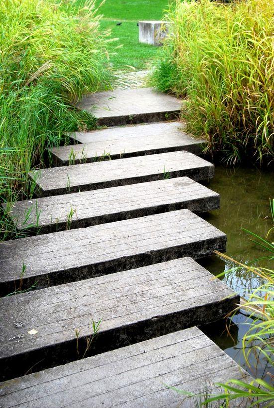 angled path