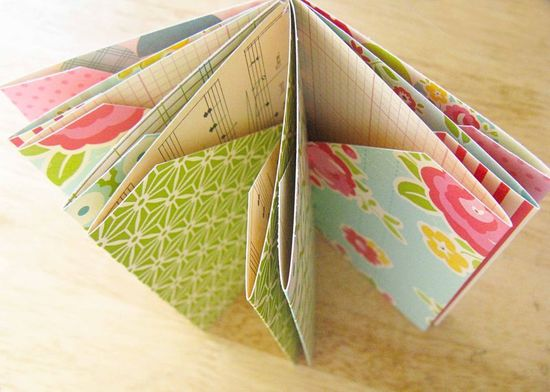 tuesday tutorial from october afternoon: pocket-page mini album
