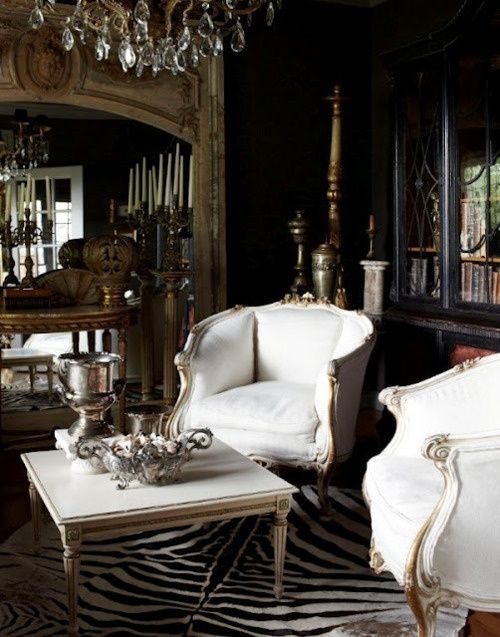 I love the white chairs & table & the beautiful home decor accents!!!