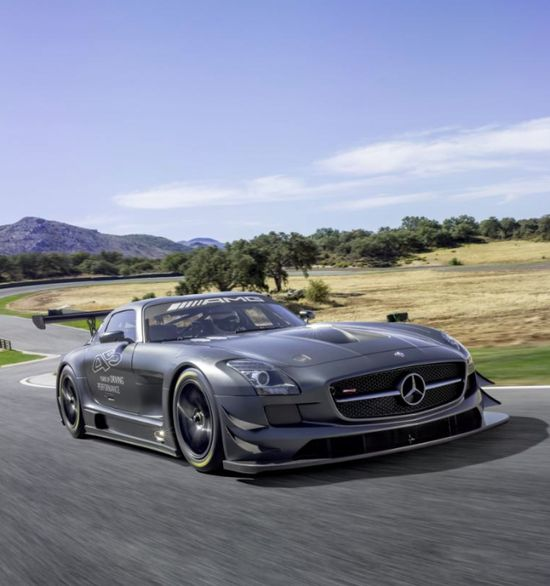 This Mercedes SLS Black Series is contender for car of the year! Watch the 'hot' evo video by clicking the pic! Does it get your vote?