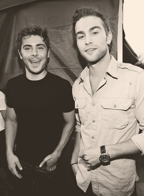 Two of my favorite celebrity guys in one picture = a little piece of heaven! :)