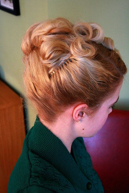 awesome retro hair from the other side :)